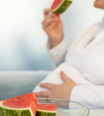 夏日 妊妇解暑生果首选西瓜