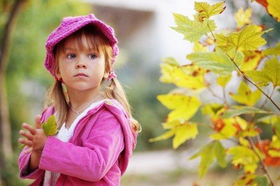 提醒:宝宝秋季穿衣五大原则