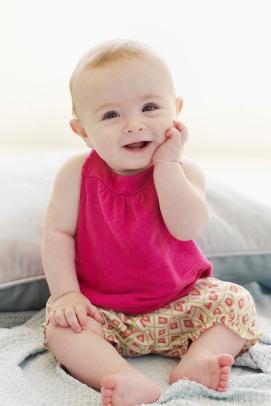 0~9个月宝宝手部益智游戏!