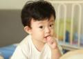 孩子说话结巴这是正常现象吗?