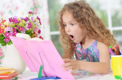 大声朗读法 提高宝宝学习能力