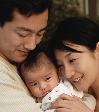 照顾新生宝宝的20个贴心之举