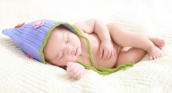 小婴儿日夜颠倒要怎么纠正?