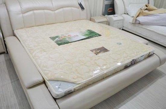 床垫上的薄膜 到底是撕还是不撕?