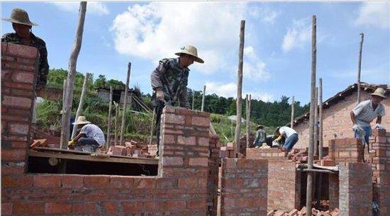 上思县南屏瑶族乡大力开展炉子改造设计烤地瓜危房图纸工作