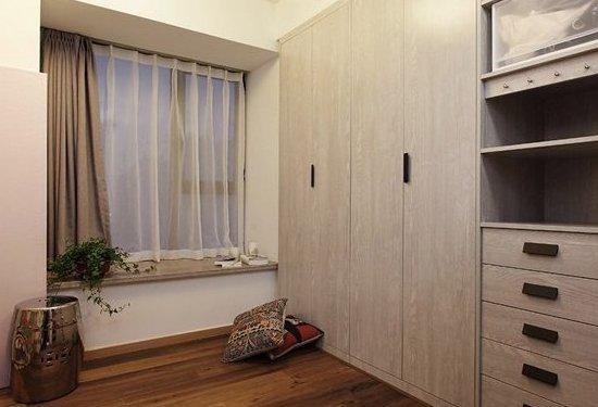 原木 水泥地 玻璃门 北欧简约小三房图片