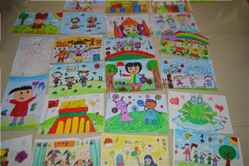 """七彩世界欢乐城""""七彩童年""""少儿绘画大赛圆满举行图片"""