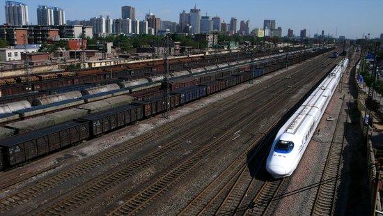 火车拉来的珠城 盘点靠近铁道的楼盘 可优96折