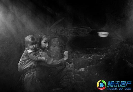 再苦不能苦孩子再穷不能穷教育 给留守儿童一个家