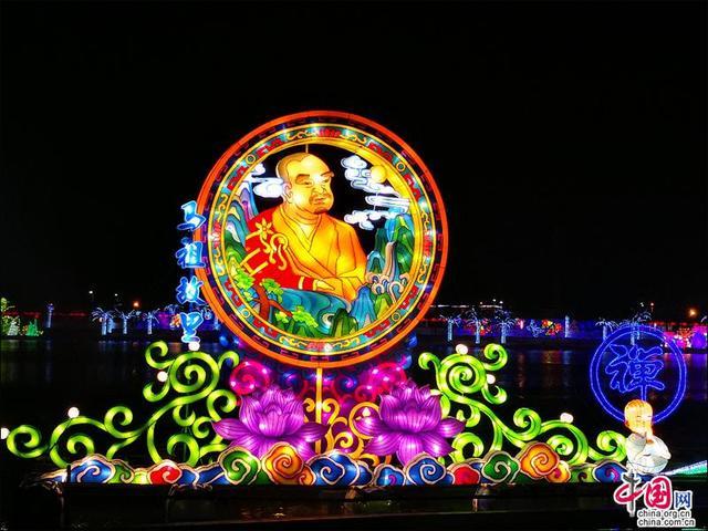 """年味十足 什邡开启""""昼观花夜赏灯""""新春模式"""