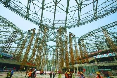 北京新机场航站楼钢结构封顶