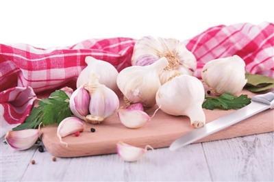 大蒜是个宝,常吃身体好!