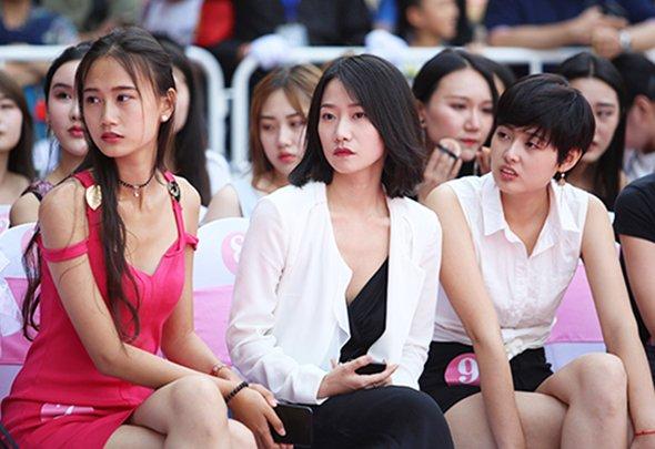 燕女郎第166期:揭秘环球小姐北京海选 18岁姑娘高考结束来选美