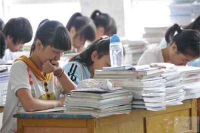 """中国补习班文化传到美国 """"望子成龙""""威力大"""