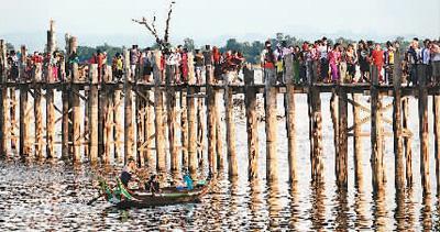 来缅甸,看世界最长的柚木桥