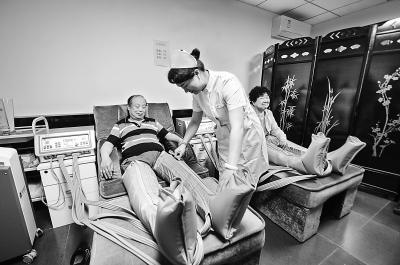 北京首个社区养老护理站投用 可提供多种服务