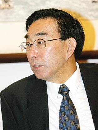 北京国土局原局长安家盛涉受贿受审