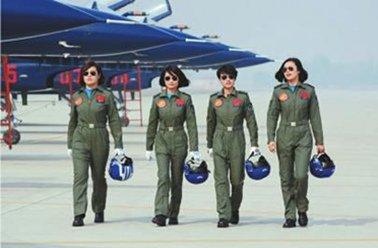 空军全国招35名女飞行员 今年不按分省计划招生