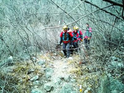 11名驴友元宵节夜被困野长城 怀柔消防全力搜救