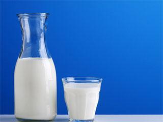 宝妈必看:宝宝喝牛奶,3种不要选