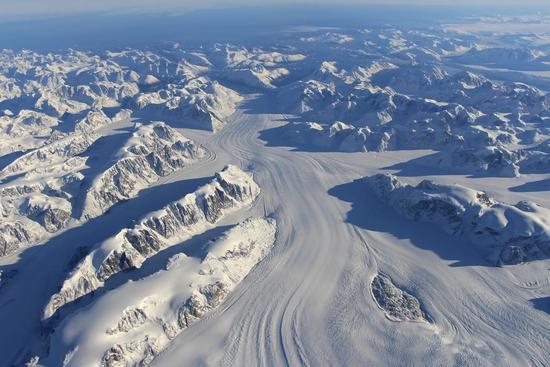 """地球轮回于雪球与温室间 生命在""""冰与火""""中诞生?"""