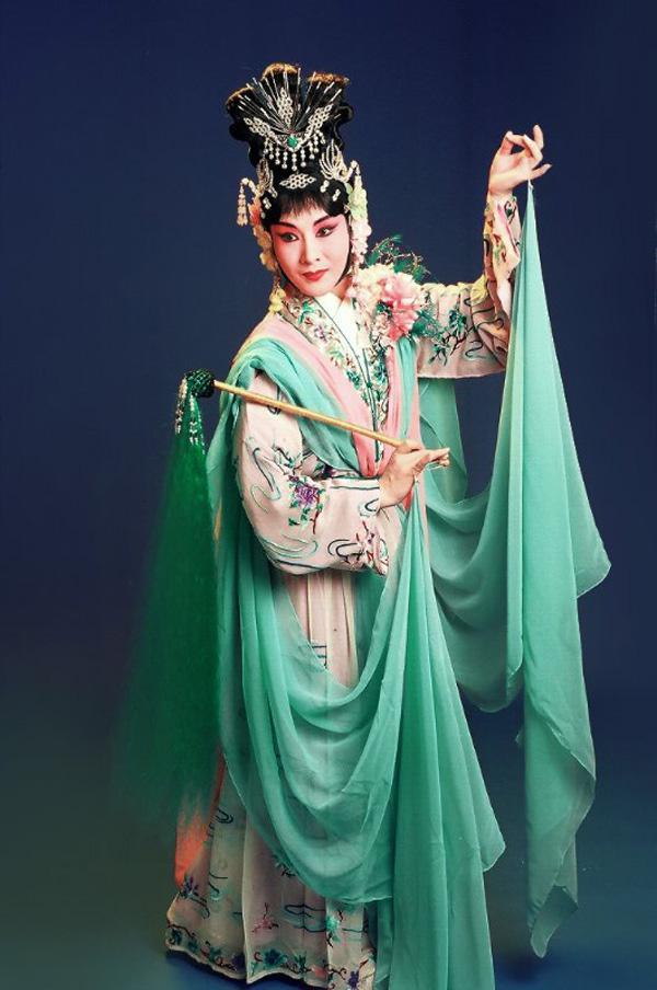 九首京剧曲子,让你了解最纯正的梅派