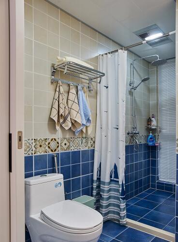 雅致89平简美三居 把卫浴间打造成蓝色海洋