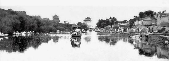 昔日秘照重现 北京城早年堪比威尼斯