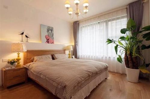 北欧两居室 跳脱的亮色调给家增添温暖