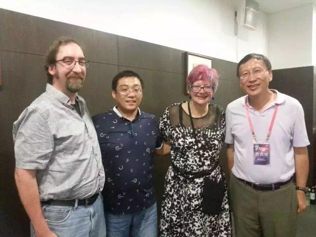 科幻专访:访超短篇科幻作者康乃馨