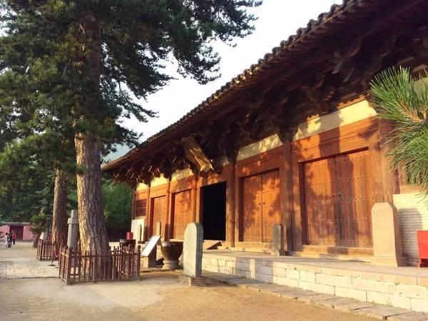 寺东大殿,中国现存最古老的高规格木构建筑-世界第一大佛为何在河
