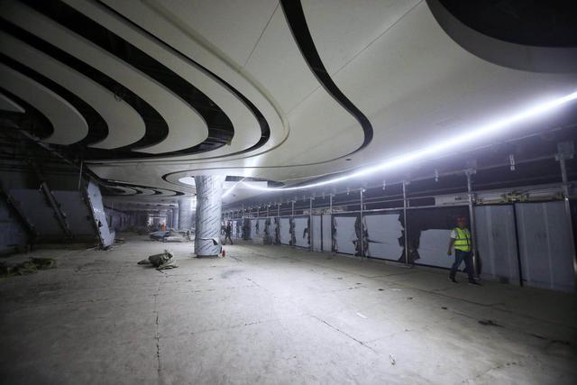 """新机场线全线铺轨完毕 三座车站将体现""""一带一路""""元素"""