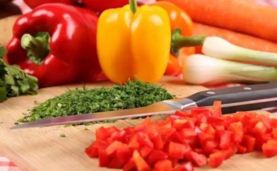 告诉你家掌勺的 这9种吃法会让营养流失