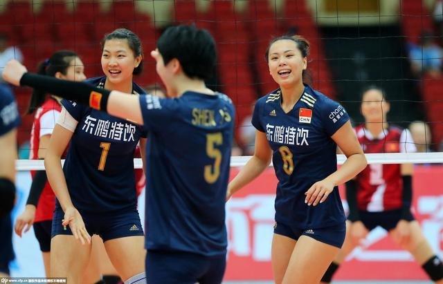 女排亚锦赛中国苦战五局险胜 小组第三进八强