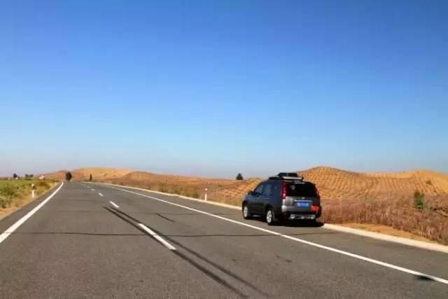 终于要通车了 这条公路 一路能玩50多个景点
