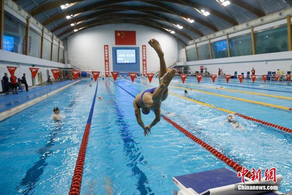 中国国家游泳队举行公开训练课
