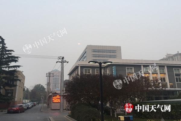 """北京今天有中度霾 明天冷空气来""""救场""""扩散条件转好"""