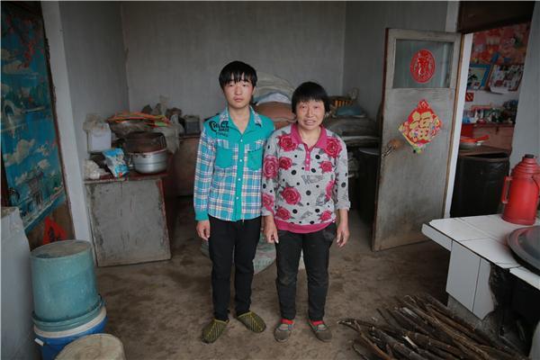 肖俊平:喜欢的书锁在木箱里