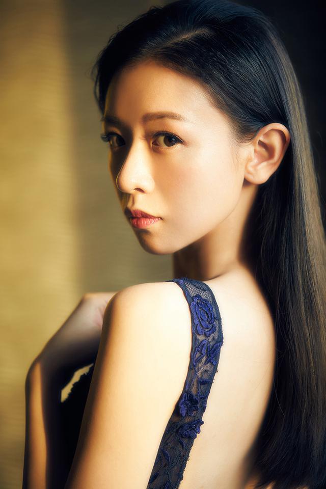 金子美惠写真露b_刘木子《国风美少年》重返黄金班 亮相活动造型多变