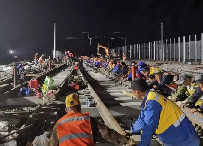 京张高铁昌平站线路设备改造完成