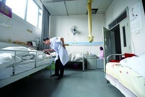 """4万老人的最后驿站 被医院判了""""死刑""""的在这里平均活过10个月"""