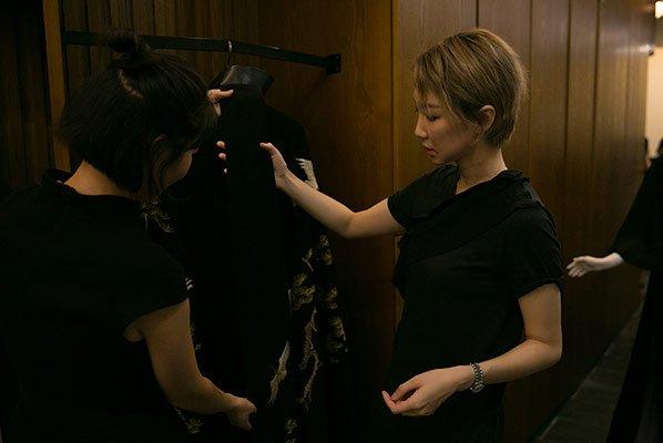 创客第7期:时尚辣妈将潮牌做到纽约时装周 与明星合伙做衣服