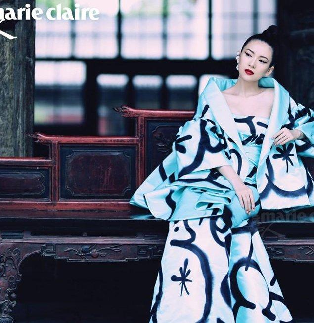 章子怡北京寺庙时尚孕照早已曝光