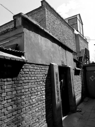 房东患有精神分裂症 发病行凶致租客1死3伤