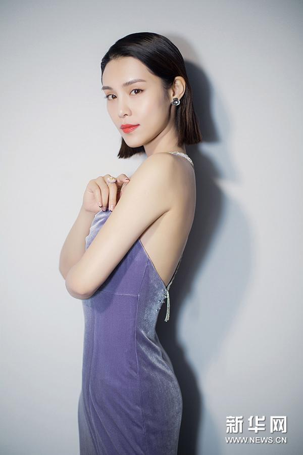 韩丹彤全新写真大片 吸睛无数展动人魅力