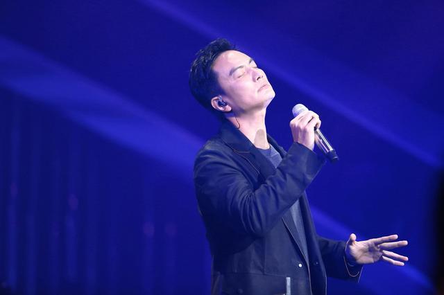 《歌手》2018李泉首度演绎灵魂乐《想爱你》