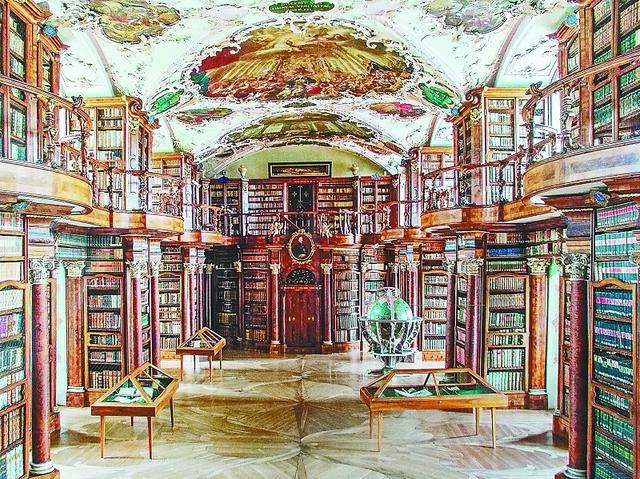 天堂应是图书馆的样子 说的就是这里