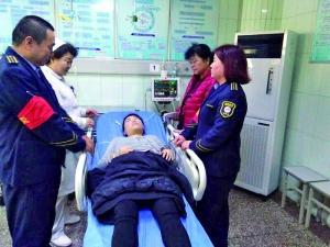 乘客突发低血糖 司售人员帮送医