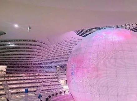 """天津""""中国最美图书馆""""成了网红店"""