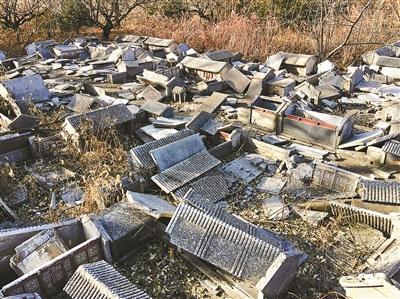 23年老北京微缩景园在冷清中荒废